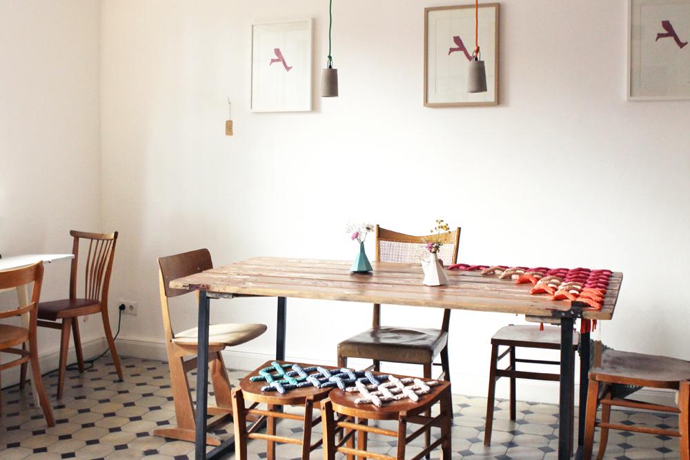 sonntag waffeln m bel und kaffee im grindel salon wechsel dich mit vergn gen hamburg. Black Bedroom Furniture Sets. Home Design Ideas