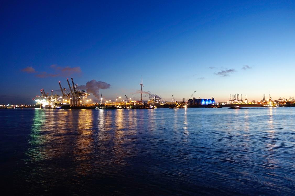 Hafen ohne Mond © Lisa Meinen