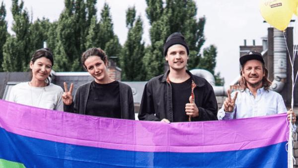 Pride Week Hamburg zeigt Flagge