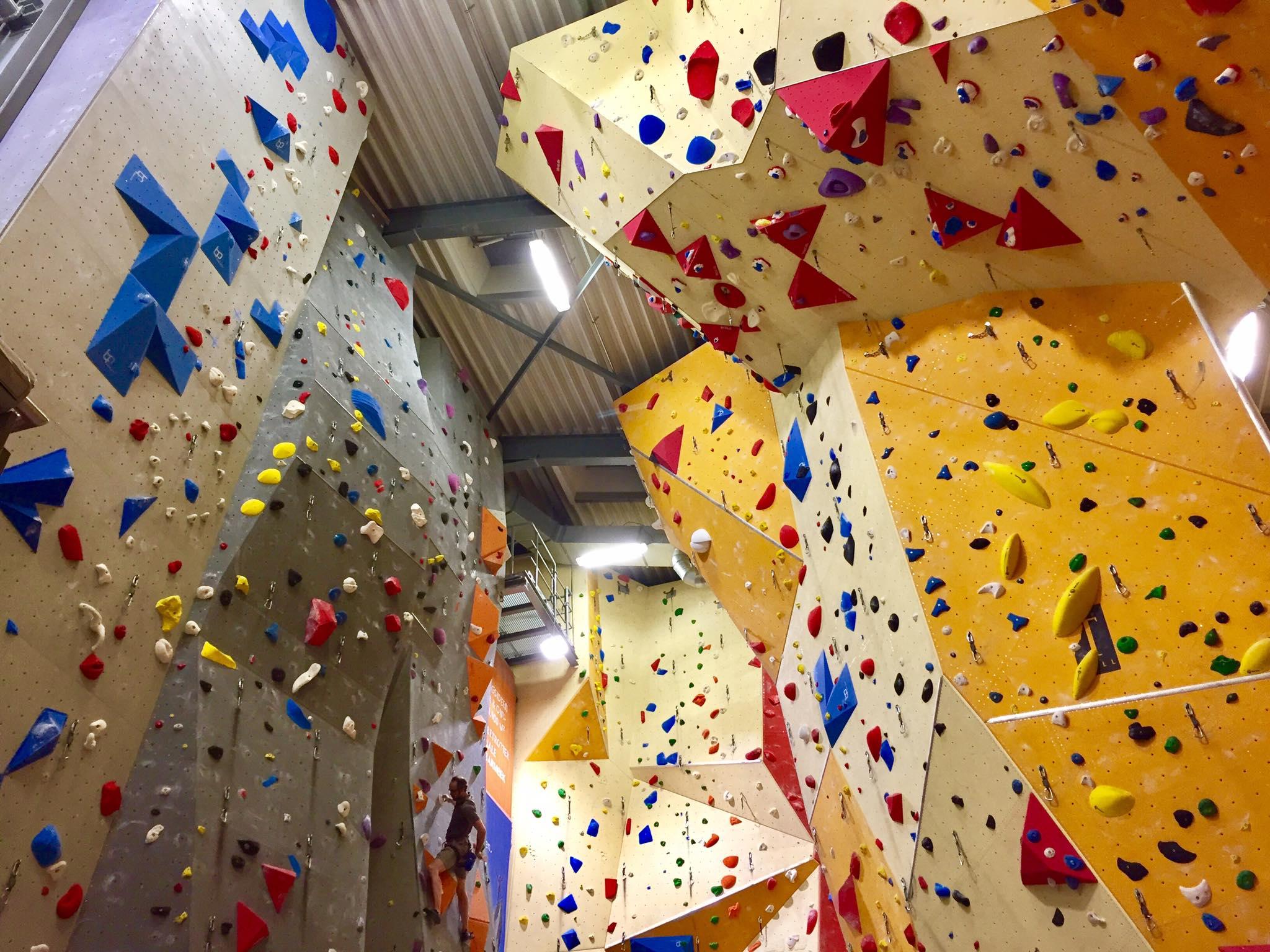 a97120a3782c7e Die größte Kletterhallte Norddeutschlands  das DAV Kletterzentrum ...