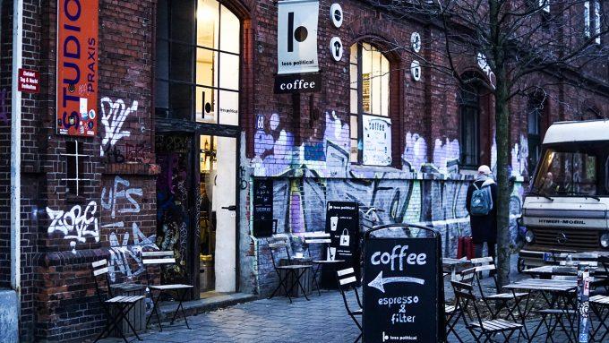 Less Political Café Hamburg