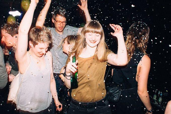 Mit Vergnügen feiern wir \'ne Party   Mit Vergnügen Hamburg