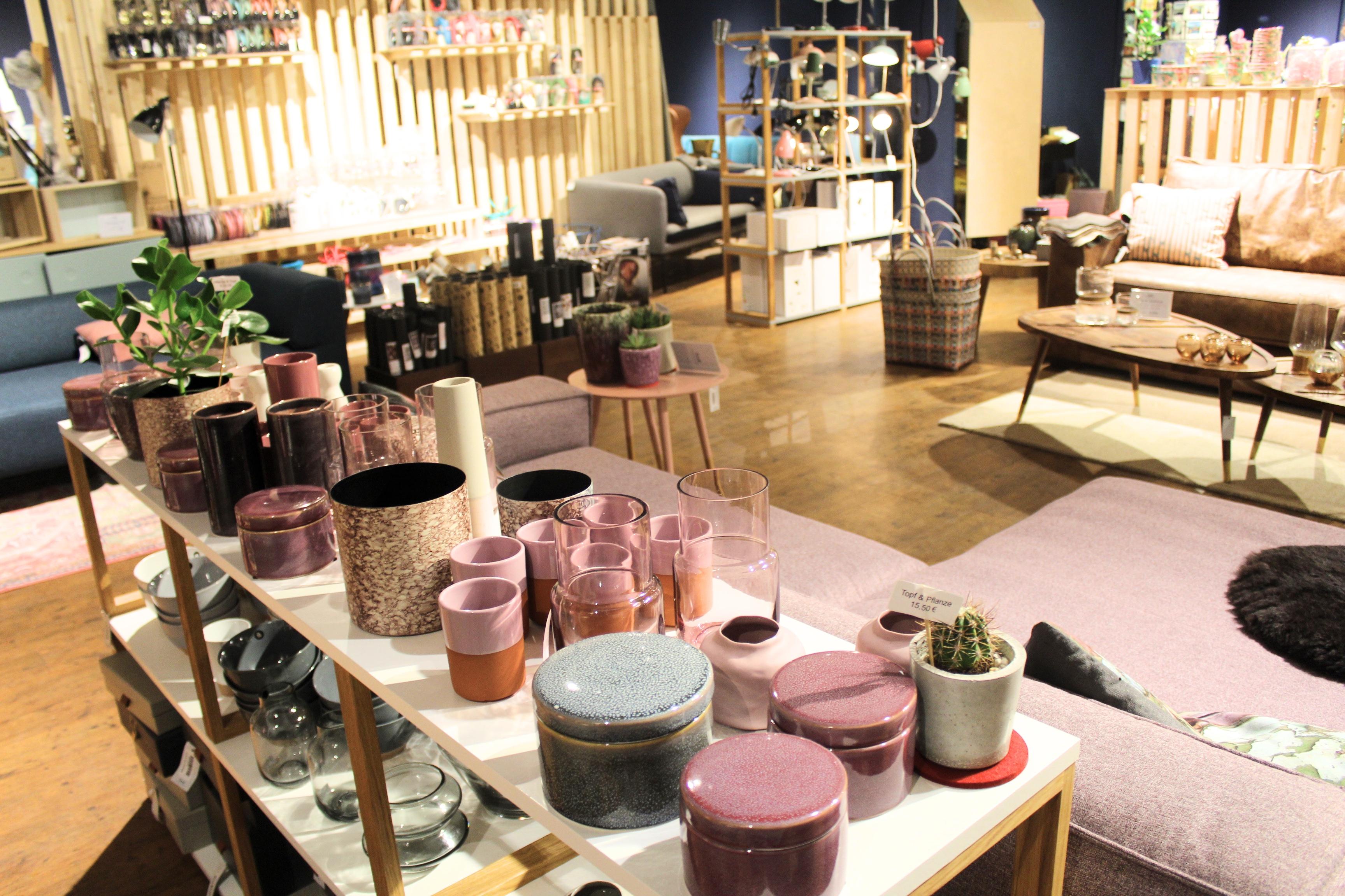 endlich wieder da interior shoppen bei wohngeschwister mit vergn gen hamburg. Black Bedroom Furniture Sets. Home Design Ideas