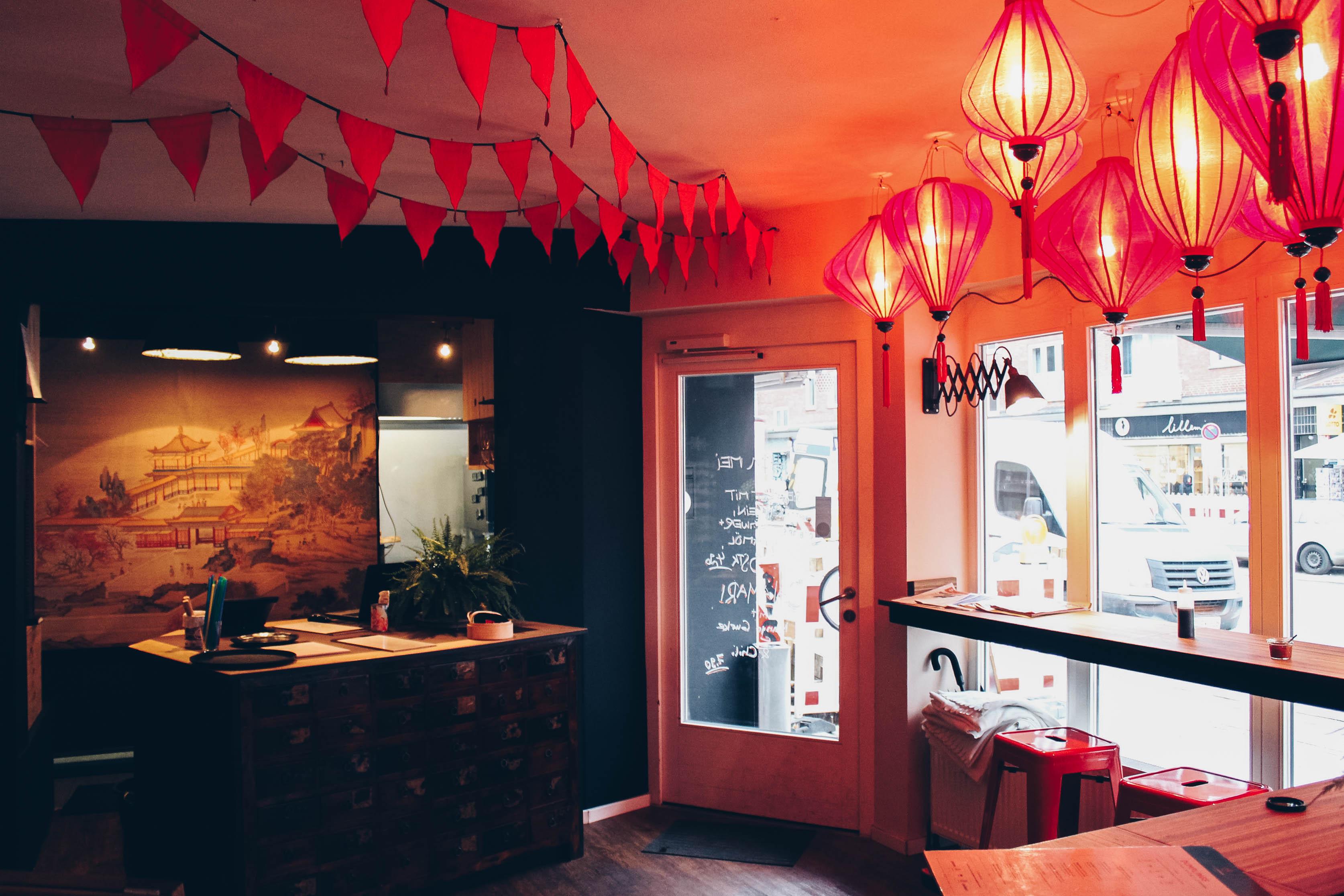 k stliche dumplings verspeisen bei somedimsum mit vergn gen hamburg. Black Bedroom Furniture Sets. Home Design Ideas
