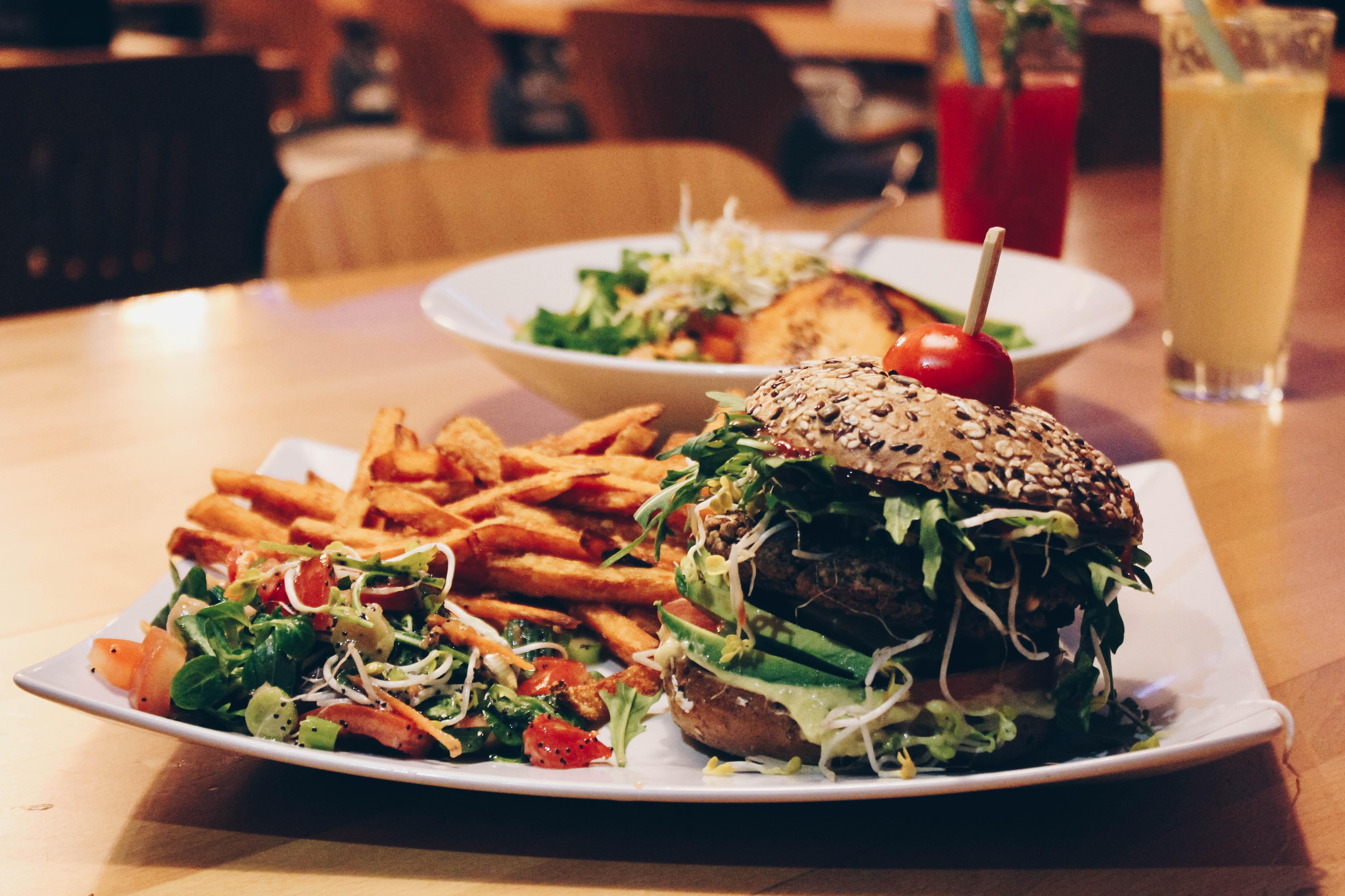 neuer hotspot vegane burger und pfannkuchen deluxe im innerluck mit vergn gen hamburg. Black Bedroom Furniture Sets. Home Design Ideas