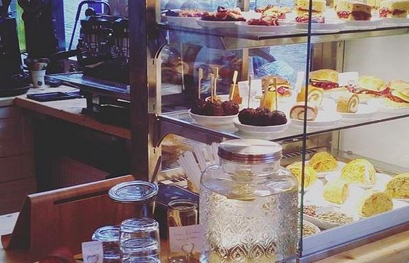 11 Orte An Denen Ihr Tollen Veganen Kuchen Bekommt Mit Vergnugen
